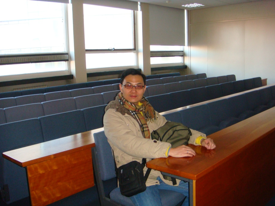 I went back to the classroom I used to sit attending lectures